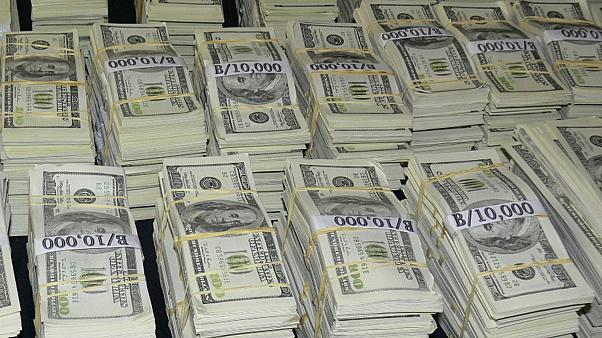 صورة دمـ.ـرت بيوت العشرات.. معلومات تنشر للمرة الأولى ما لا تعرفه عن الدولار المجمد