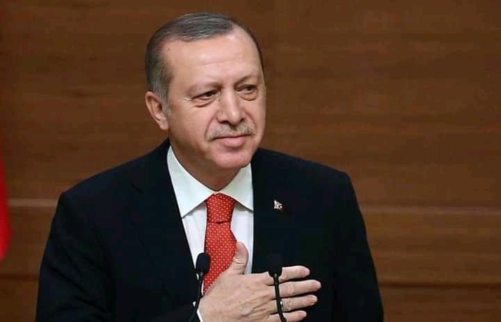 """صورة شاهد : أردوغان"""" ينشر علم سورية الحرة على صفحته و يوجه رسالة عاجلة إلى السعودية والإمارات وسلطنة عمان وقطر وسوريا و دول أخرى"""