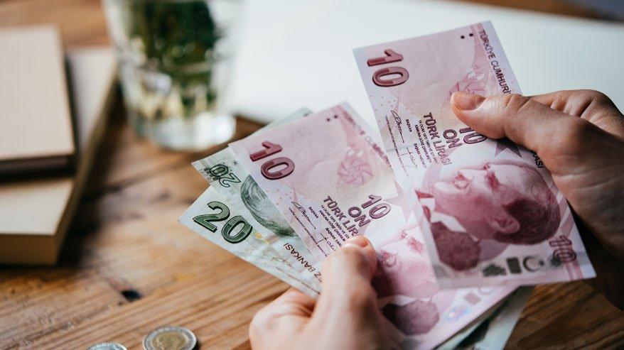 صورة تطورات عاجلة بسعر صرف الليرة التركية عقب زلزال إزمير المـ.ـدمـ.ـر