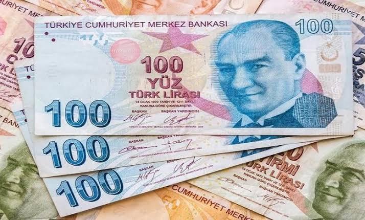 صورة عاجل : مع بداية يوم الثلاثاء الليرة التركية تسجل رقما جديدا أمام الدولار وباقي العملات