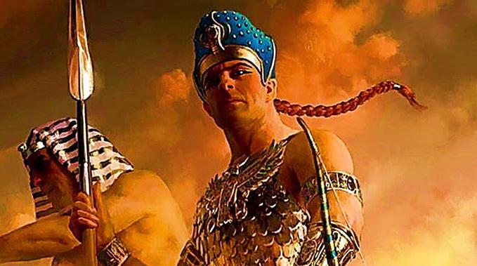"""صورة تزوّج أختيه وحكم مصر وفقد جيشاً كاملاً .. الإمبراطور الفارسي """"قمبيز الثاني"""" الذي قـ.ـتـ.ـل نفسه بالخطأ"""