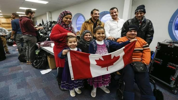 صورة بعد فتح أبواب الهجرة.. تحرك جماعي عاجل من السوريين بشأن الهجرة إلى كندا