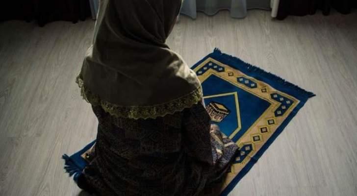 صورة الممثلة اللبنانية (خـ.ـطـ.ـافة الرجـ.ـال) التي أعلنت إسـ.ـلامها وطالبت بـ.ـحـ.ـرق جميع أعمالها