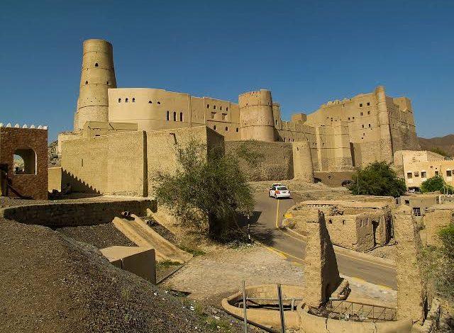 صورة احتلت المرتبة الخامسة عالميا.. سور مدينة بهلاء المسكونة في عمان اسطورة الجـ.ـن