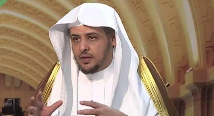 صورة فتوى لداعية سعودي تحدث ضجة يجوز أن يفطر في رمضان اذا !!.. فيديو