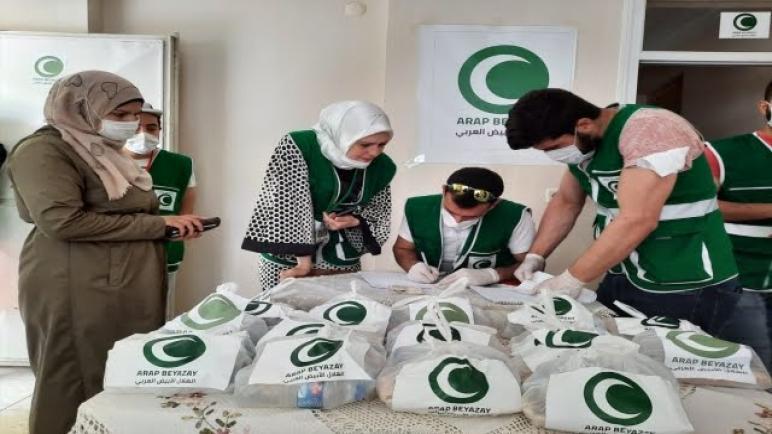 صورة عاجل: خبر مفرح تقديم مساعدات خيرية للعائلات السورية المحتاجة بمناسبة اقتراب العيد في هذه الولاية