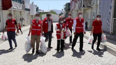 صورة بشرى سارة الهلال الأحمر التركي يبدأ توزيع مساعدات عينية على العائلات العربية في 5 ولايات تركية