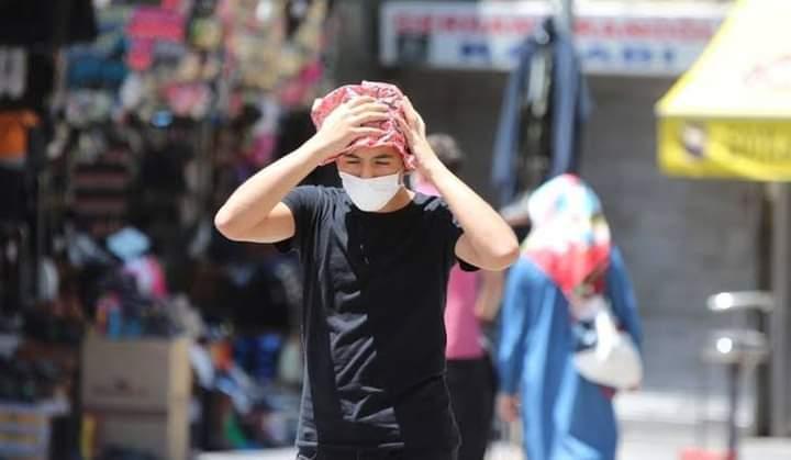 صورة خبير مناخ تركي: هناك 5 ولايات ستشهد حرارة قــ.اتلة وستنتهي فيها السياحة وهذ.ا هو التوقيت..!!