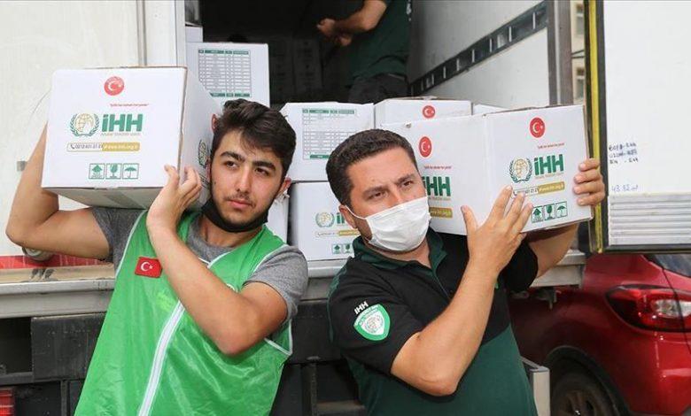 صورة بشائر رمضان مستمرة .. مساعدات تركية جديدة تستهدف الشرائح الفـ.ـقيرة من العائلات السورية