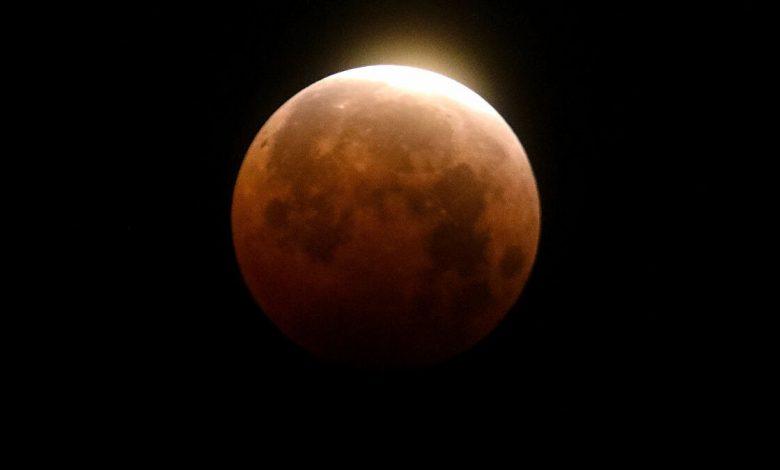 صورة سيكون الأسوء على سكان الكرة الأرضية.. ماذا يحدث إذا اختفى القمر فجأة من حياتنا؟
