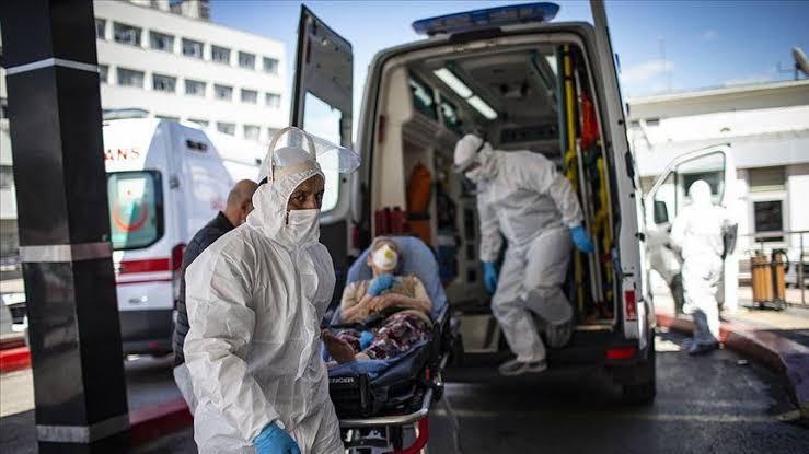 صورة مدة كبيرة للغاية .. عالم تركي يحذر: من الممكن إدراج عـقوبة السـجن على الأشخاص الرافضين للتطعيم