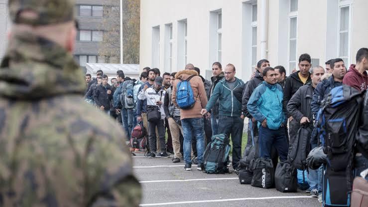 صورة البلد الأسعد في العالم يبحث عن لاجئين وهؤلاء لهم الاولوية