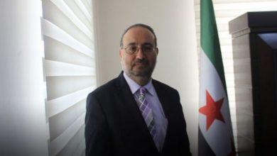 صورة زعيم بارز في المعارضة السورية يدعو السوريين لهذا الأمر