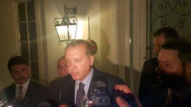 صورة يوم أمر أردوغان بهبوط طائرته في الظلام.. وواجه الانقلابيين دون درع