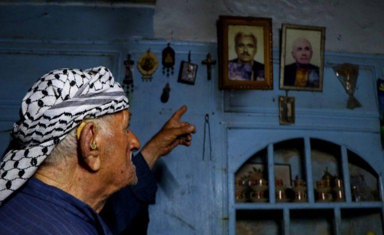 صورة إدلب.. مسيحي يعيش وحيداً بسبب حادثة شاهدها قبل 70 عاماً