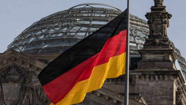 صورة ألمانيا تكشف رسمياً عن فرصة ذهبية للعيش فيها لمن رفض طلبات لجوئهم