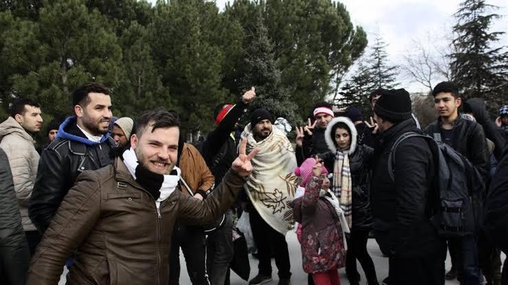 صورة تطورات عاجلة.. هل اقتربت الفرصة أمام ألاف السوريين في تركيا للعبور إلى أوروبا