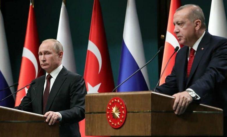 صورة تركيا توجه رسائل رادعة لروسيا في سوريا بعد تصعيدها ضد السوريين مؤخرا والرؤساء بانتظار تقارير قيادة الجيش لاتخاذ القرار
