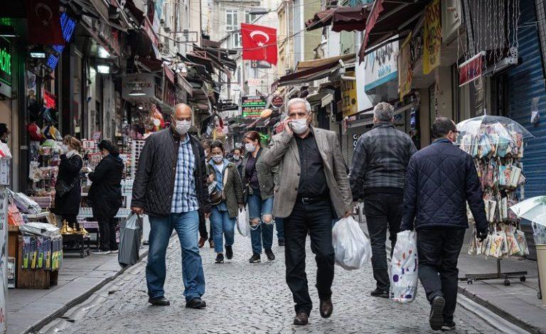 صورة بلديات تركية تحث السوريين على العودة إلى وطنهم وتقدم لهم عروضاً جيدة
