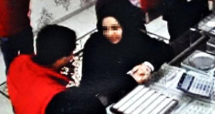 صورة سوري لم شمل خطيبته من تركيا إلى أوروبا ب30 ألف يورو فهـ.ربت مع شخص آخر عند وصولها للمطار