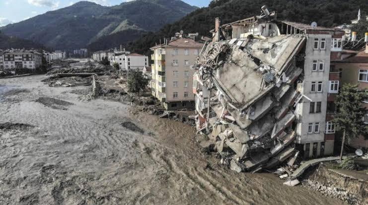 صورة عاجل : إدارة الكوارث والطوارئ التركية تحذّر 6 ولايات تركية من عاصفة و أحوال الطقس سيئة