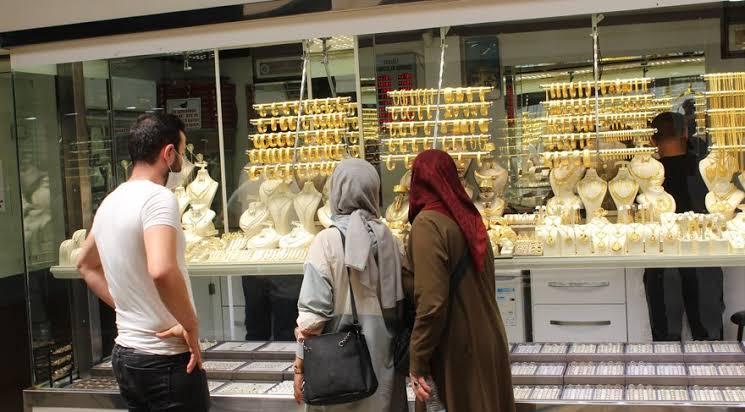 صورة عاجل :  الليرة التركية تسجل سعرا جديدا أمام الدولار والذهب وباقي العملات اليوم الأربعاء